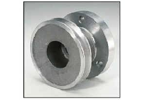"""Moroso Performance Products - Moroso Single Groove Crankshaft Pulley - Chevrolet 302-350 - Single Groove - 1969 and Later (With Long Water Pump) - 30% Reduction - 4.95"""" O.D."""